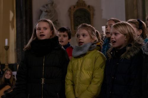 karacsonyi koncert-038